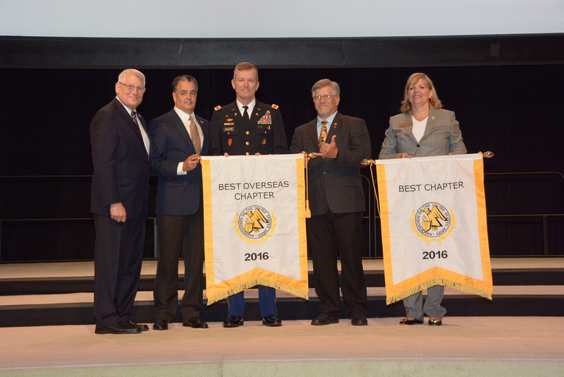 AUSA Hawaii Chapter Receiving Best Chapter Awards 2016